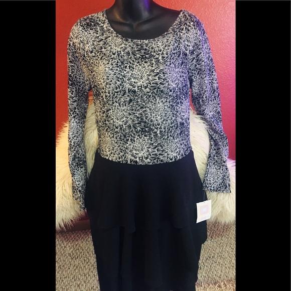 "LuLaRoe Dresses & Skirts - Lu La Roe ""Georgia"" dress"